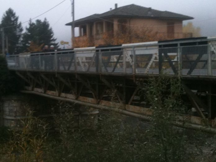 Ponte di ferro sul torrente Albirola