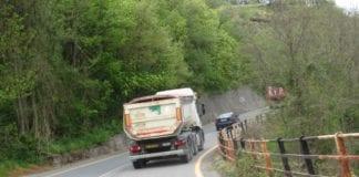 Camion del Terzo valico sulle strade provinciali