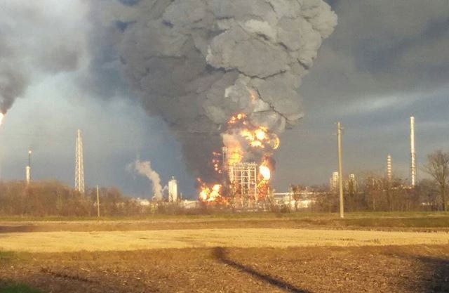 incendio-raffineria-raffineria-ENI-di-Sannazzaro-de-Burgondi-8