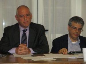 Michele Bisio (a sinistra) sindaco di Voltaggio, con il segretario comunale Gian Carlo Rapetti