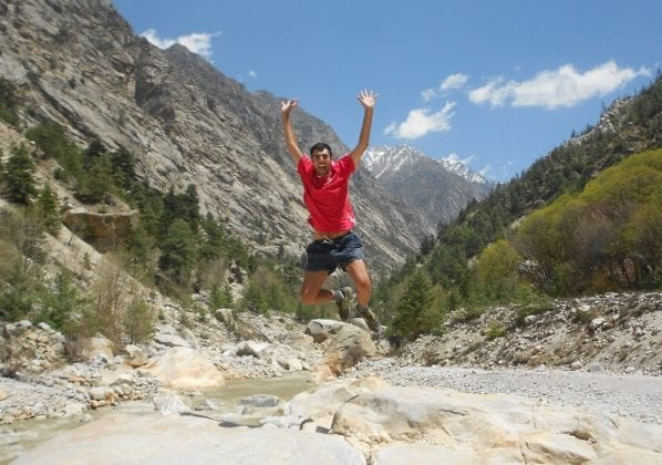 Salto dopo il bagno nel Gange