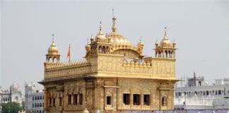 Il Tempio d'Oro nello stato indiano del Punjab