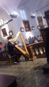Un momento musicale dell'inaugurazione della mostra su Sinibaldo Scorza a Voltaggio