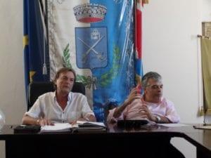 Carrosio, il sindaco Valerio Cassano (a sinistra) con il segretario comunale Giancarlo Rapetti