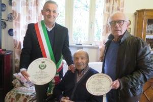 Egidio Daffonchio con il sindaco Carlo Mogni e Gianni Mutti