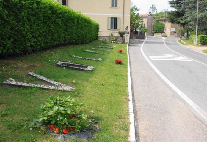 Volpedo ingresso in paese con fragole