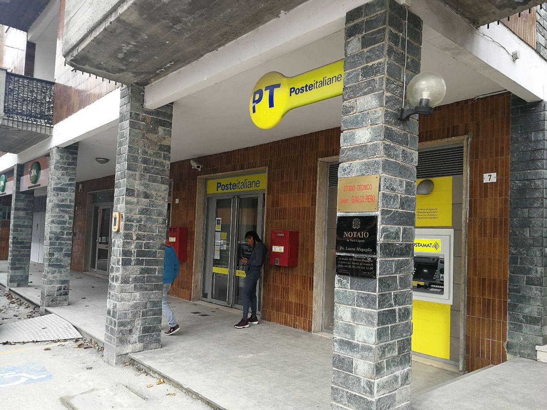 Poste italiane non mantiene le promesse: l'ufficio postale ...