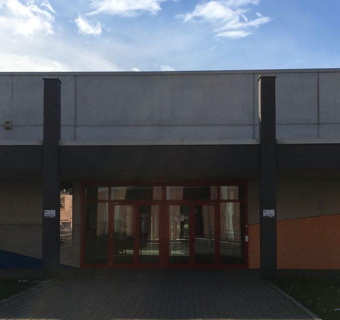 edificio scolastico via Bonavoglia